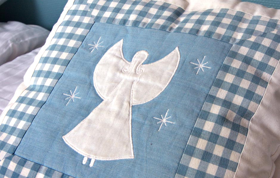 Snowangel pillow, sweet dreams!