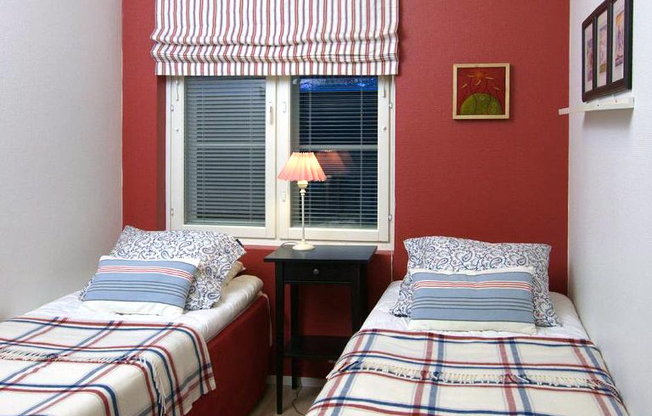 Levi Snowangel B3, bedroom.